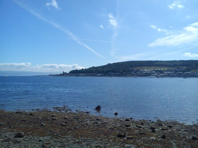 blue sky over bute by anelephantcant