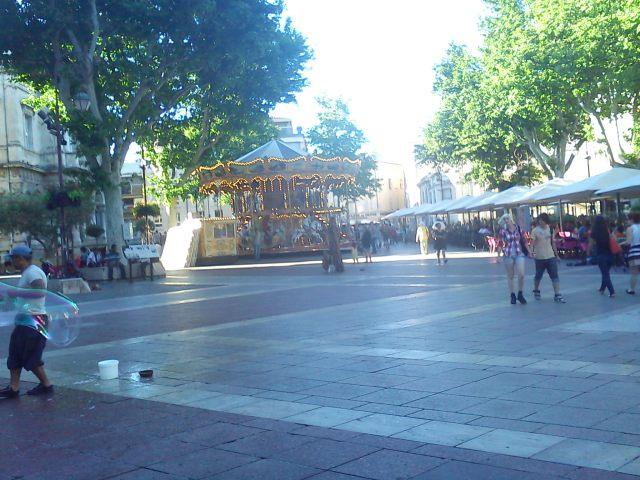 Bubbles in Avignon