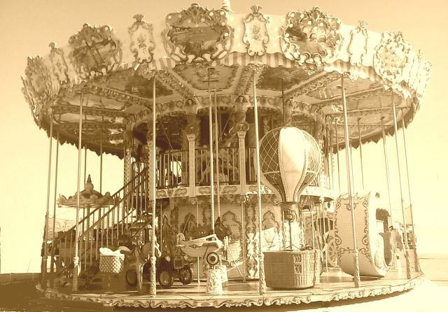 carousel spinning by anelephantcant