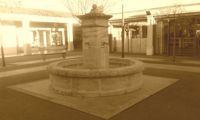 the old fountain by anelephantcant